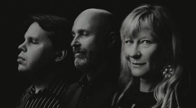 LENA WILLEMARK, JONAS KNUTSSON & MATS ÖBERG – SVENSKA LÅTAR