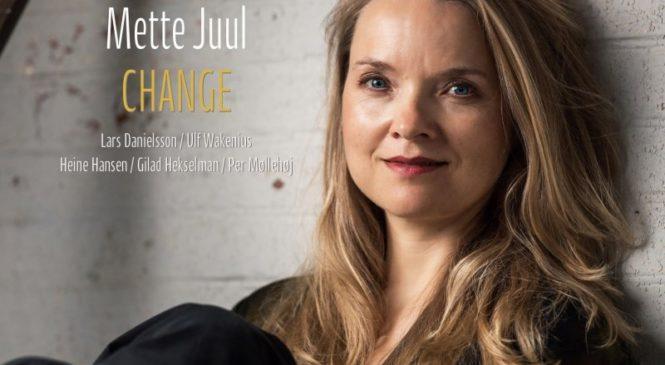 METTE JUUL – CHANGE